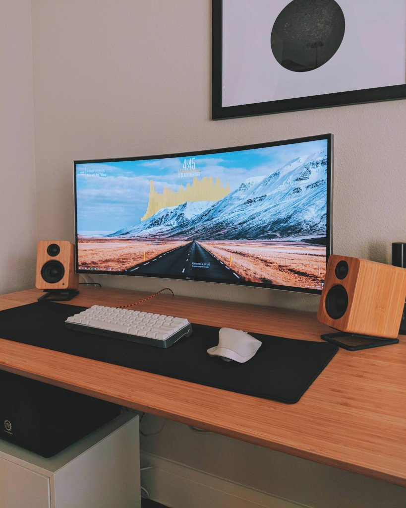 Super Awesome Workspaces Amp Setups 4 Inspirations
