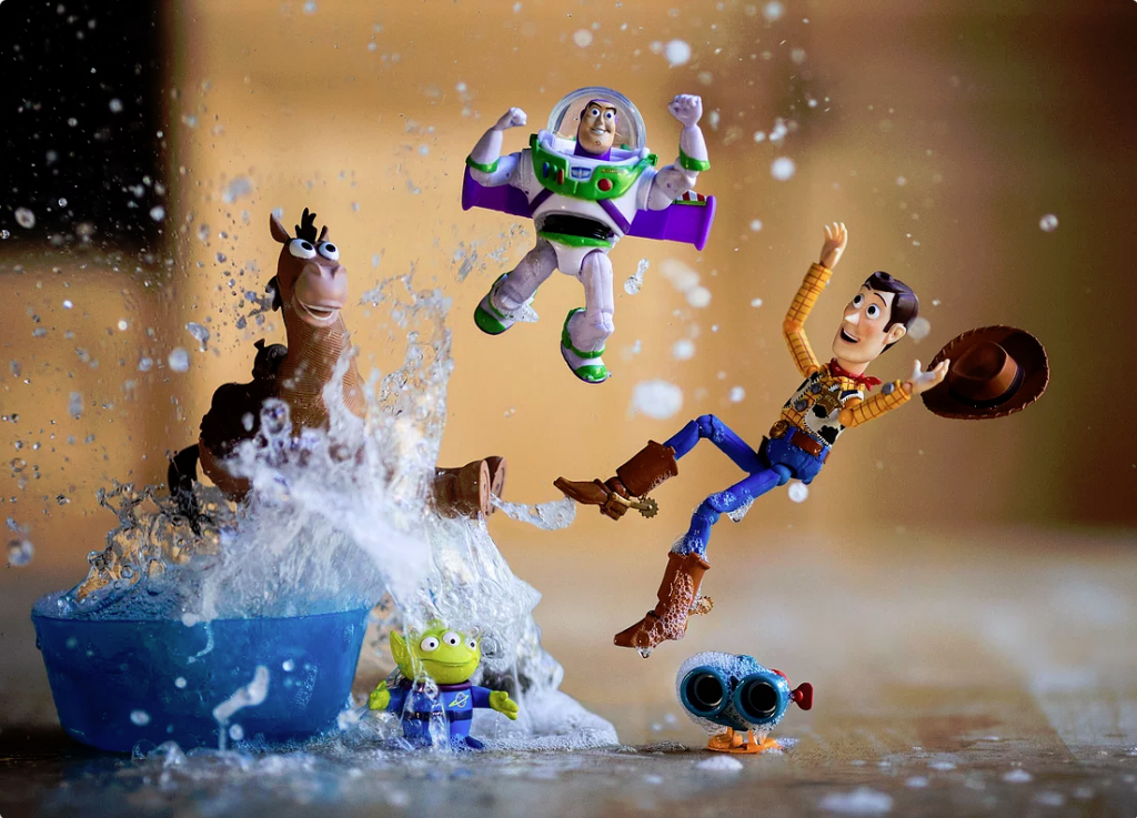 Behind the Scenes of Toy Photographies By Mitchel Wu